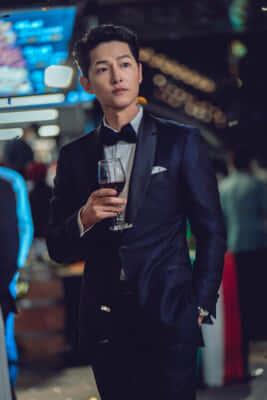 ヴィンチェンツォを演じるのは韓国のトップ俳優、ソン・ジュンギ/Netflixオリジナルシリーズ『ヴィンチェンツォ』独占配信中