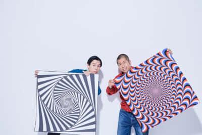 ハライチ岩井勇気(左)、澤部佑(右)