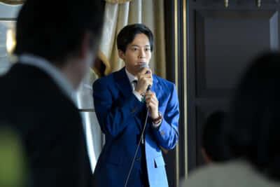 大学理事たちに翻弄されつづけた主人公の神崎真(松坂桃李)(5話より)写真提供/NHK